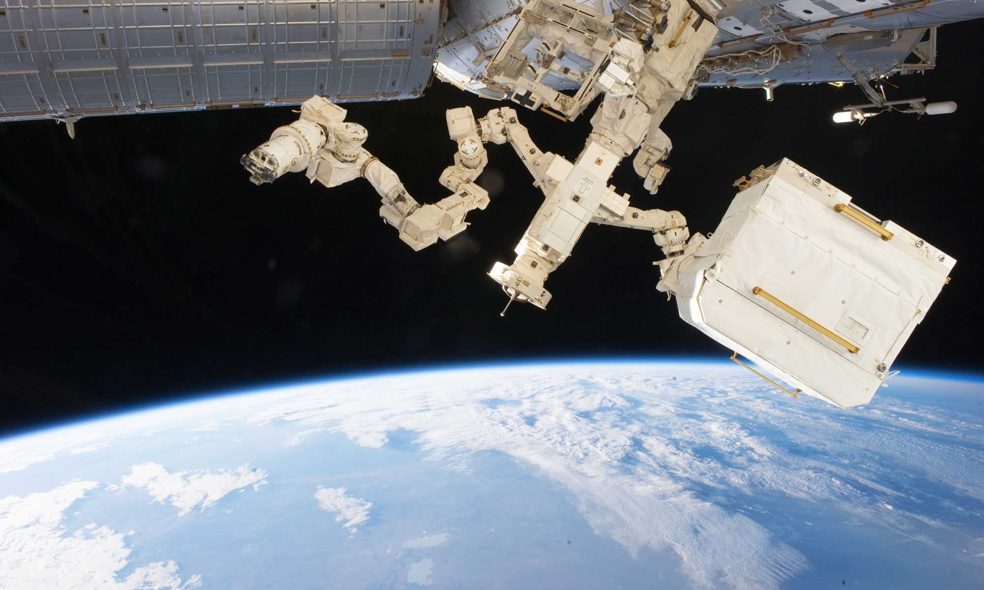 Dextre robot. Photo Credit: NASA - http://spaceflight.nasa.gov/gallery/images/station/crew-27/html/iss027e016182.html, Public Domain, https://commons.wikimedia.org/w/index.php?curid=15067534
